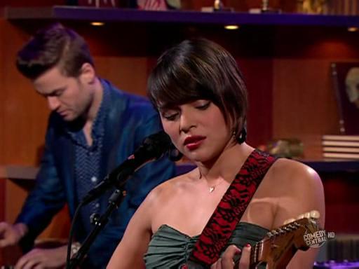 Norah Jones - Young Blood (The Colbert Report)